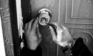 Is lockpicking shady or scrupulous